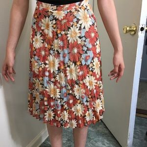 KATE HILL FLORAL SKIRT